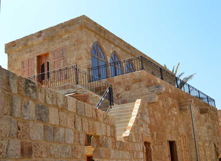 Old houses in batroun traditional and historic real for Old traditional houses