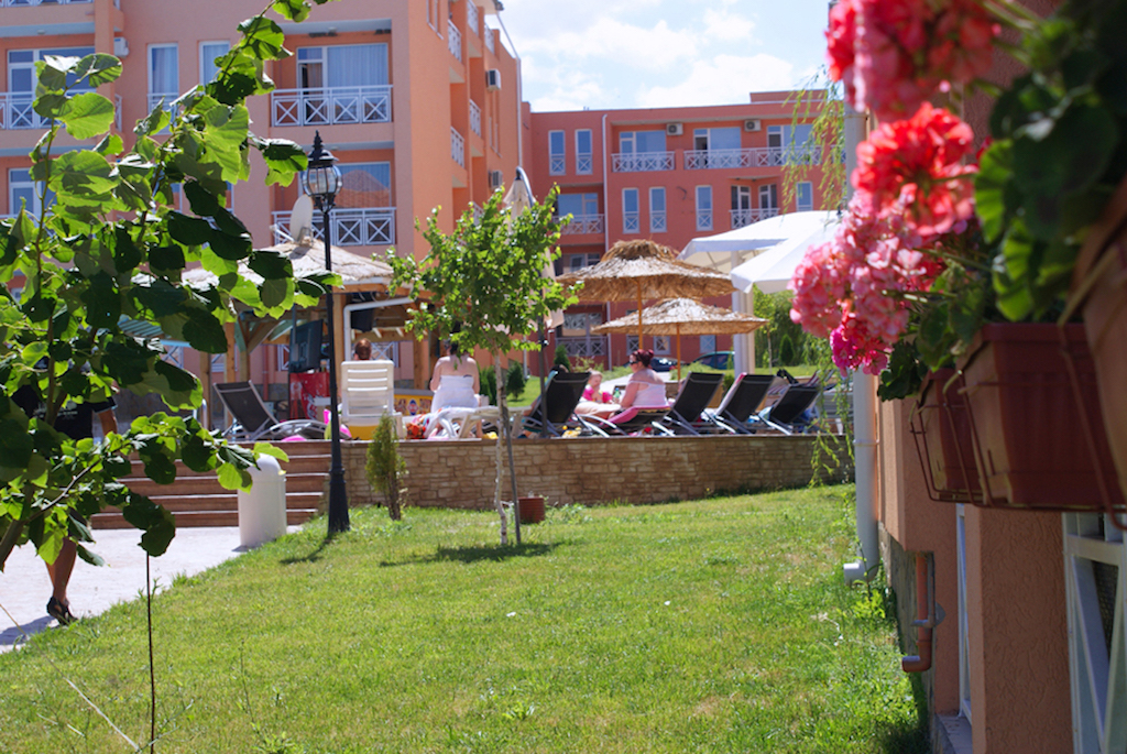 1-bedroom fully furnished and equipped apartment for sale in Bulgaria