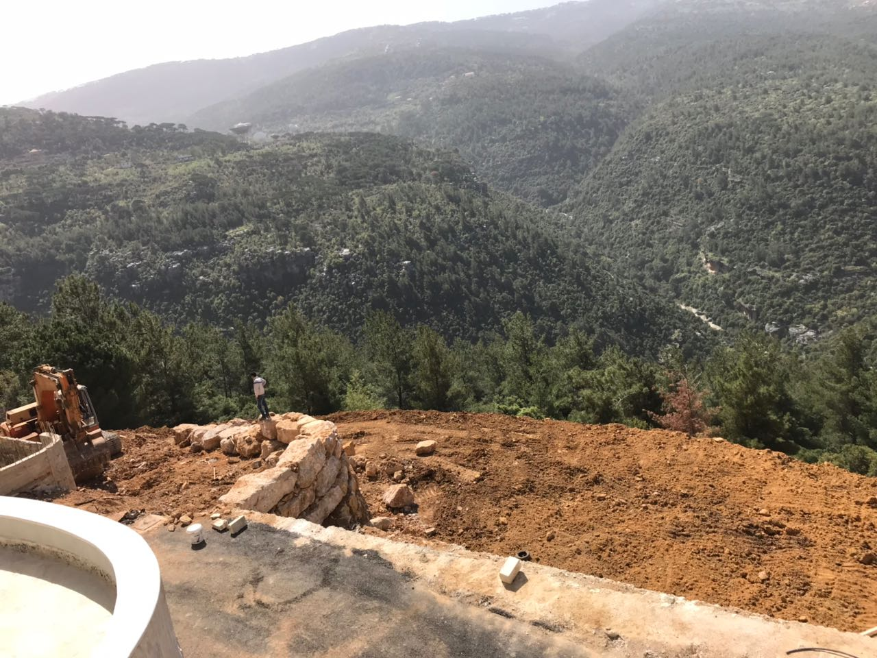 Land for sale in baabdat area 8650 sqm