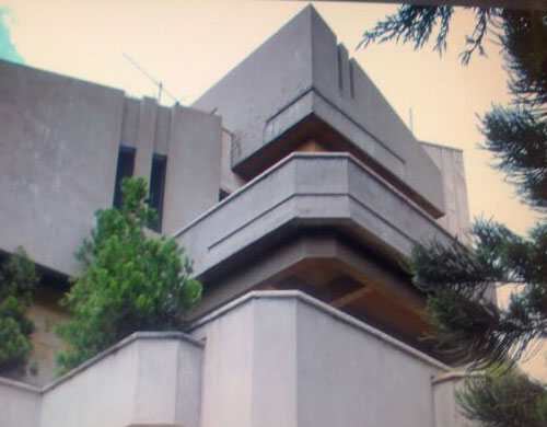 Villa for sale in Mazraat Yachouh