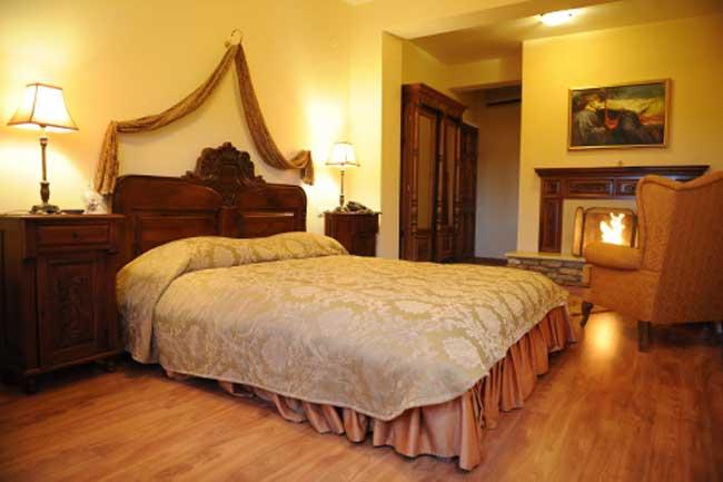 hotel-for-sale-in-Greece, real-estate-in-greece, buy-sell-properties-in-Greece