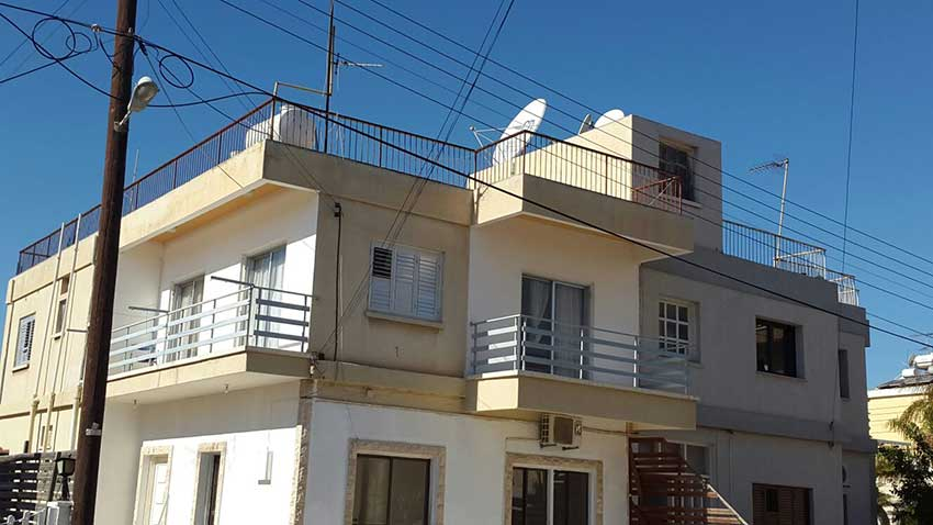 Apartment for sale in faneromeni Larnaca Cyprus, real estate in cyprus, buy sell properties in cyprus