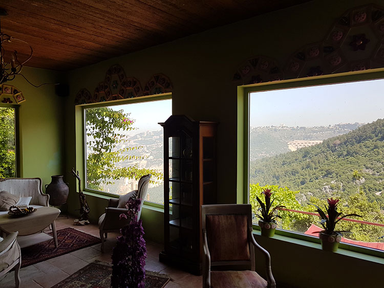 RL-2279 Old Traditional House for Sale in Keserwan , Ghazir - $ 1,100,000