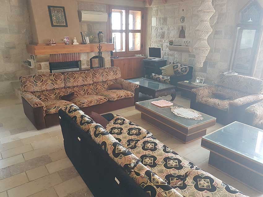 RL-2288 Villa for Sale in Keserwan , Ghosta - $ 2,200,000