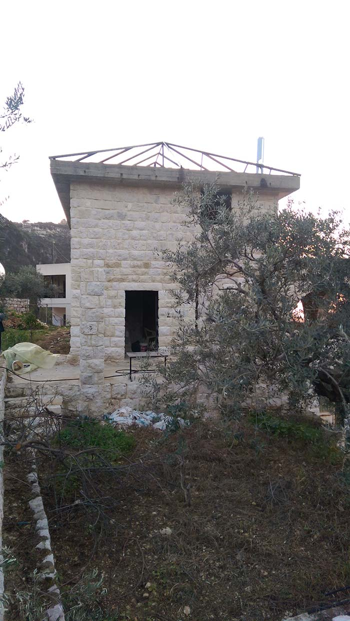 Old traditional house for sale in Bezhel Nahr ibrahim, buy sell properties in Bezhel Bezhil Bizhil
