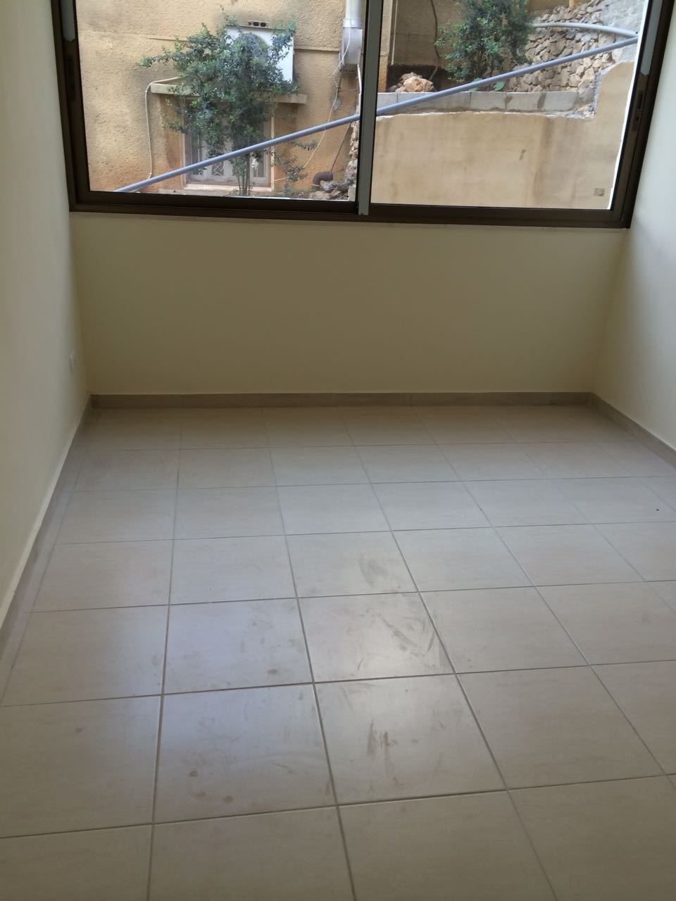 RL-2382 Apartment for Sale in Keserwan , Ghadir - $ 170,000