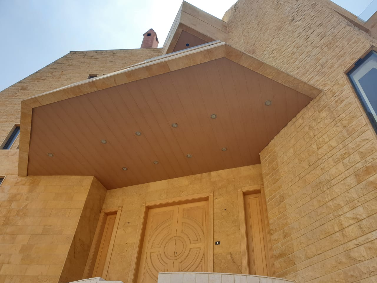 A beautiful villa for sale in Cornet el Hamra, real estate in Cornet el hamra, Buy sell properties in Cornet el hamra