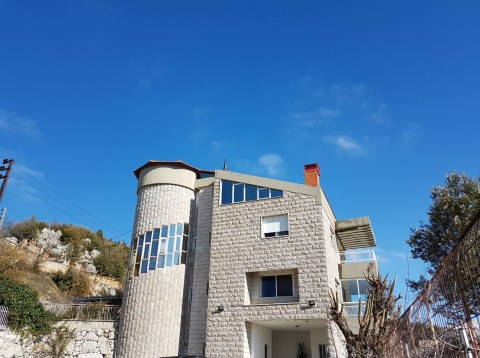 Villa for sale in Kfardebian Keserwan Lebanon, real estate in Kfardebian Keserwan Lebanon, buy sell villas and properties in Kfardebian Keserwan Lebanon