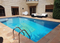 exclusive villa for sale in Kfarhbab, real estate in Kfarhbab